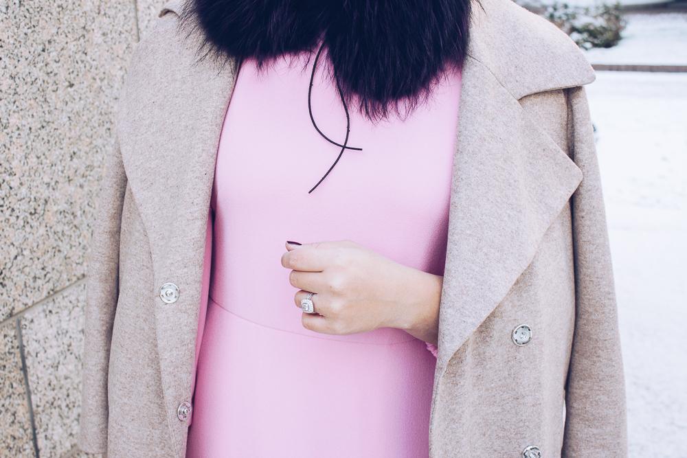 pinkdressv
